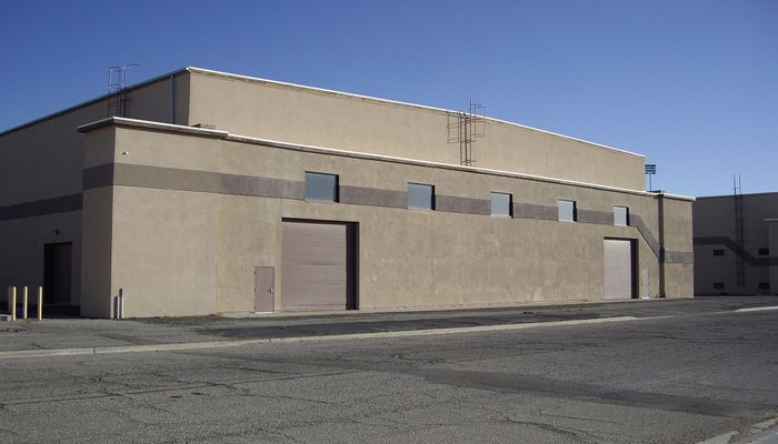 Warehouse for Lease located at 18626 Phantom St. Victorville, CA 92394