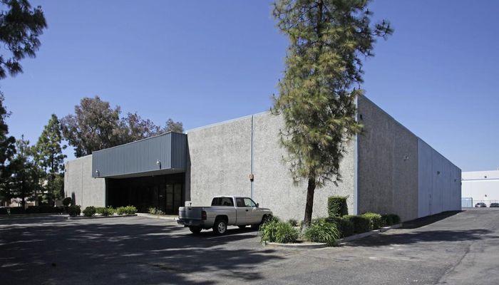 Warehouse for Lease located at 27756 Avenue Hopkins Valencia, CA 91355