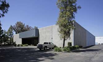 Warehouse for Rent located at 27756 Avenue Hopkins Valencia, CA 91355