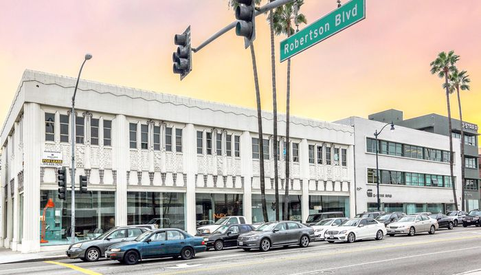 Office Space for Lease located at 8800 Wilshire Boulevard Beverly Hills, CA 90211