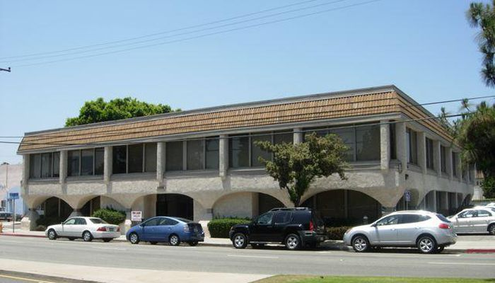 Office Space for Lease located at 3205 Ocean Park Blvd. Santa Monica, CA 90405