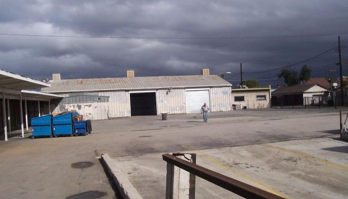 Warehouse for Lease located at 245 W. Hanna St. Colton, CA 92324