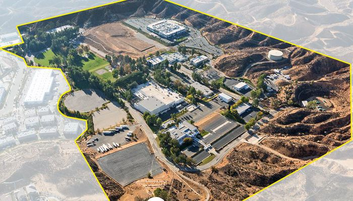 Warehouse for Lease located at 25101-25161 Rye Canyon Loop Valencia, CA 91355