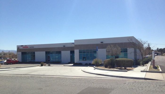 Warehouse for Lease located at 15375 Anacapa Rd Victorville, CA 92392