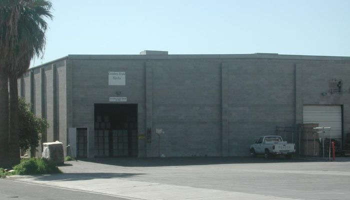 Warehouse for Lease located at 45-585 Commerce St. Indio, CA 92201