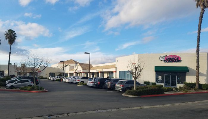 Warehouse for Lease located at 27464 Commerce Center Dr. Temecula, CA 92590