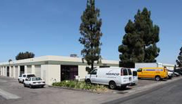 Lab Space for Lease located at 8262-8280 Clairemont Mesa Blvd. San Diego, CA 92111