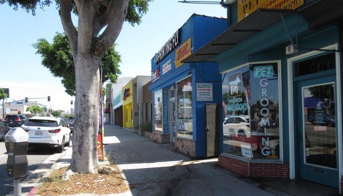 Office Space for Rent at 10586-10586 1/2 W Pico Blvd Los Angeles, CA 90064 - #1