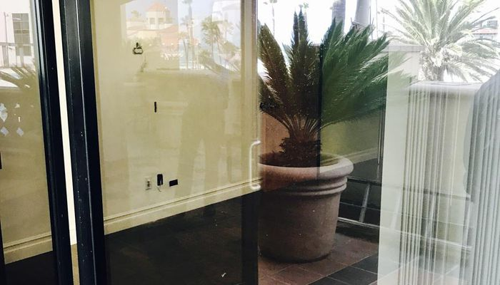 Retail Space for Rent at 101 Main St, Huntington Beach CA, 92648 Huntington Beach, CA 92648 - #14