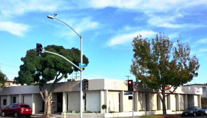 Office Space for Lease located at 1106 Broadway Santa Monica, CA 90401