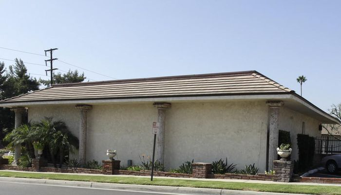 Retail Space for Rent at 1001 - 1039 W Whittier Blvd La Habra, CA 90631 - #2