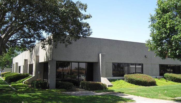Lab Space for Lease located at 3554-3558 Ruffin Rd S San Diego, CA 92123