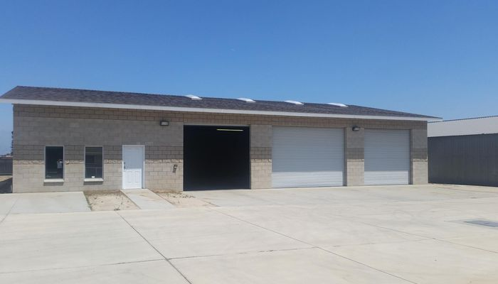 Warehouse for Lease located at 1571 Lilac Ave Bloomington, CA 92316