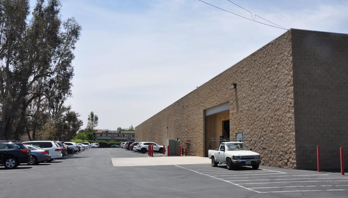 Warehouse for Rent at 9765 Sierra Ave. Fontana, CA 92335 - #5