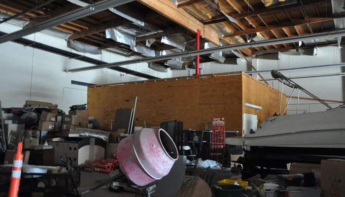 Warehouse for Rent at 9765 Sierra Ave. Fontana, CA 92335 - #8